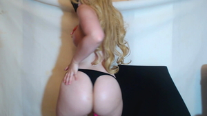 Big butt pawg reality pussy fucking fun with toys on webcam HD