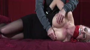 Bondage accompanied by big butt blonde