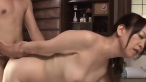 Housewife has a taste for sloppy fucking