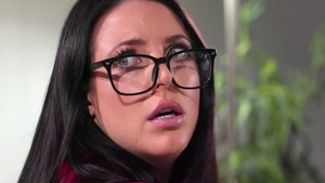 Angela White in the company of Kira Noir facesitting