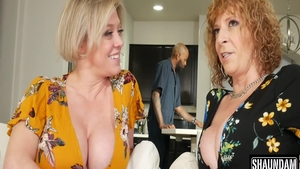 Sara Jay in tandem with Dee Williams threesome