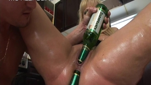 Fisting in the company of big tits MILF