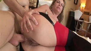 Kelly Leigh in lingerie hardcore blowjobs