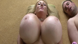 Kayla Kleevage in company with big tits Abbey Lane