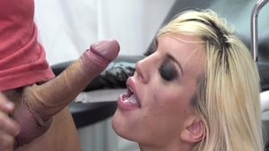 The best sex in company with big tits slut Blondie Fesser
