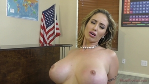 Pornstar Eva Notty feels in need of nailing