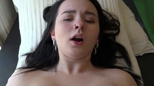 Huge boobs girlfriend agrees to fingering in HD