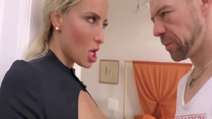 Young Victoria Pure pussy eating