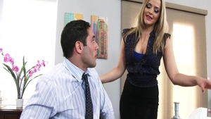 Blonde Alexis Texas cumshot in office