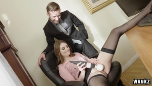 Nailing escorted by blonde hair Alice March