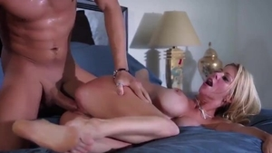 Wet british mature feels the need for cumshot in HD