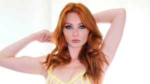 Fetish masturbating with big ass redhead Lacy Lennon