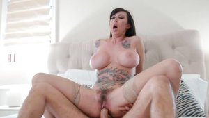 Doggy sex in the bed between tattooed mature Lily Lane