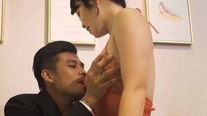 Blowjob in company with chinese secretary
