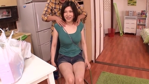Hairy big tits japanese MILF Mao Kaede massage