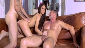 Threesome escorted by hawt brunette