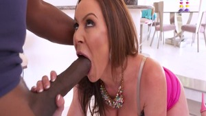 Busty mandingo mature Kendra Lust goes for rough nailing